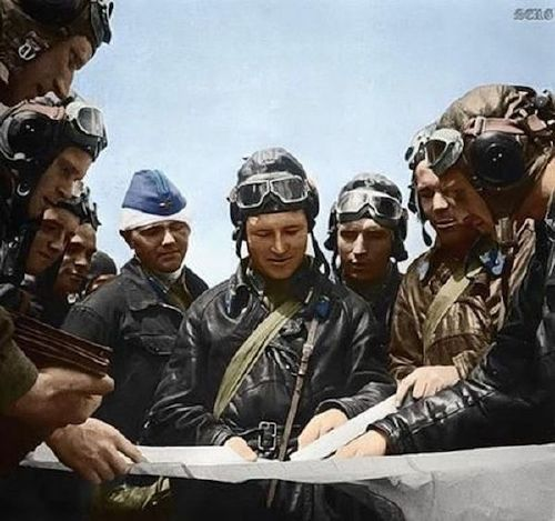 wwii colorized photos are a fascinating look at history xx photos 25 WWII colorized photos are a fascinating look at history (44 Photos)