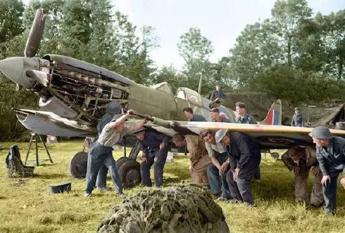 wwii colorized photos are a fascinating look at history xx photos 252 WWII colorized photos are a fascinating look at history (44 Photos)