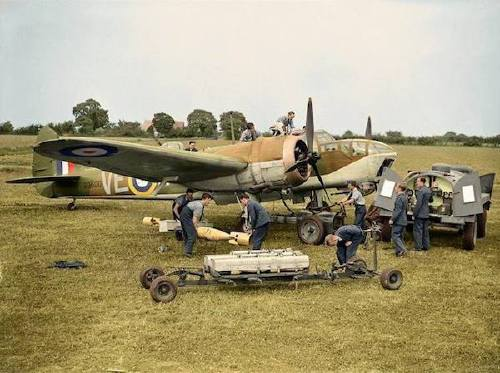 wwii colorized photos are a fascinating look at history xx photos 2517 WWII colorized photos are a fascinating look at history (44 Photos)