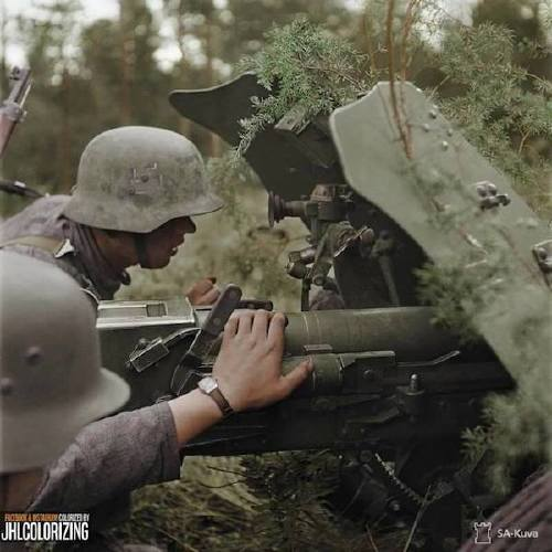 wwii colorized photos are a fascinating look at history xx photos 4 WWII colorized photos are a fascinating look at history (44 Photos)