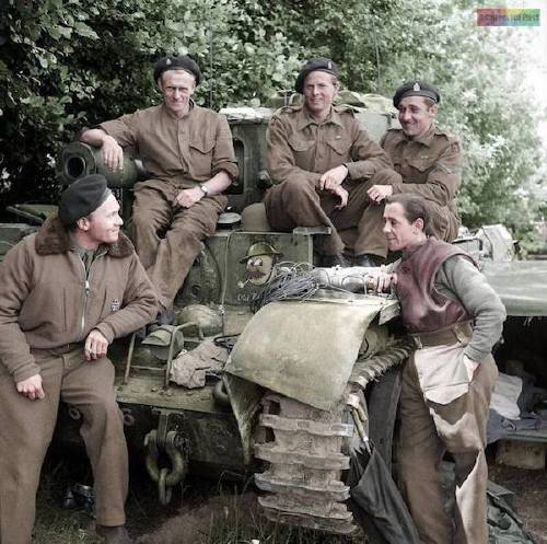 wwii colorized photos are a fascinating look at history xx photos 5 WWII colorized photos are a fascinating look at history (44 Photos)