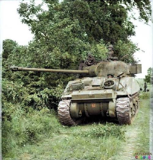 wwii colorized photos are a fascinating look at history xx photos 7 WWII colorized photos are a fascinating look at history (44 Photos)