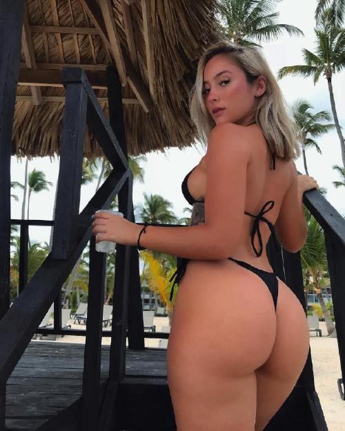 gabbifariasx 43397524 357368165001291 8292022454613446463 n Enjoy a long trip down bikini lane (95 Photos)