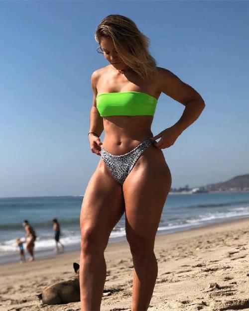 tamradae 43718981 2194242037566302 1509572160741931044 n Enjoy a long trip down bikini lane (95 Photos)