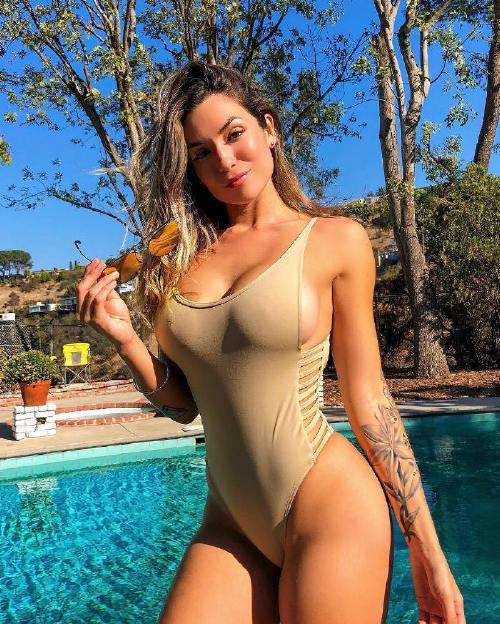 luchidelmar 44544783 2190422567945370 3955646881525920893 n Enjoy a long trip down bikini lane (95 Photos)