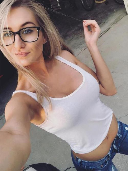 shannonjoyce 42493898 177369803175299 1552629283262548432 n 1 Four eyes are better than two (49 Photos)
