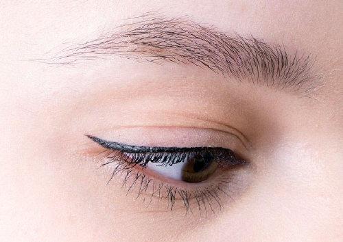 ТонкаяводостойкаяподводкаPerversion Waterproof Fine-Point Eye Pen, Urban Decay