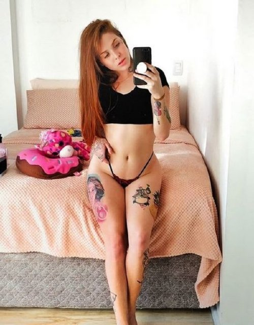 939c6f76e50fd03824a0ce8c147032a7 The holidays are here, so celebrate with redheads!! (47 Photos)