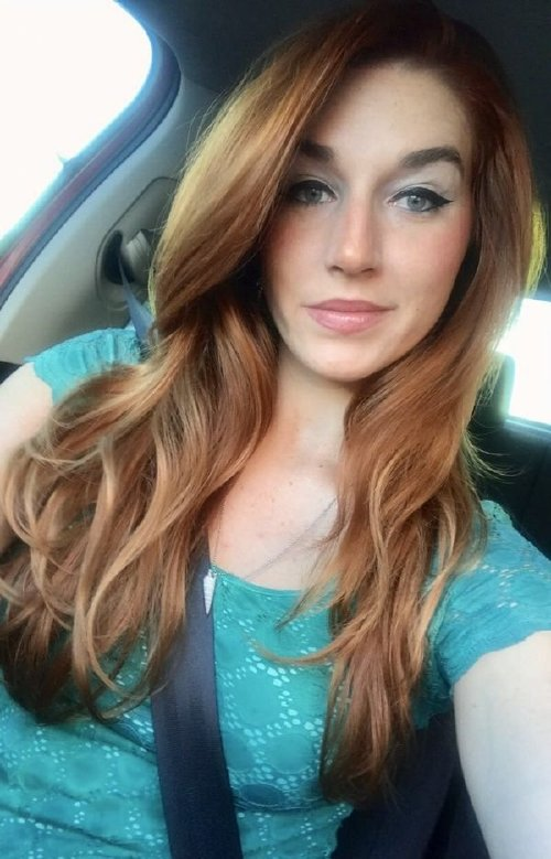 a61da4849bb20bc87c5ef692cea52a32 width 600 The holidays are here, so celebrate with redheads!! (47 Photos)
