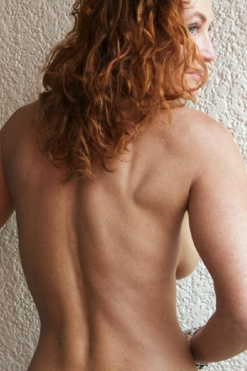 b8ca09118647162789a0a704cfcf2c1c The holidays are here, so celebrate with redheads!! (47 Photos)