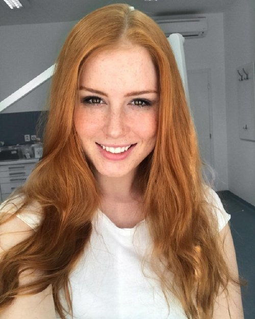 The holidays are here, so celebrate with redheads!!