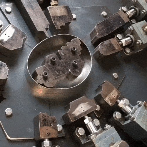 the soothing and satisfying way that cookie cutters are made x gifs 168 The soothing and satisfying way that cookie cutters are made (16 GIFs)