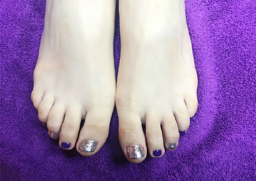 21, Christmas manicure, and pedicure
