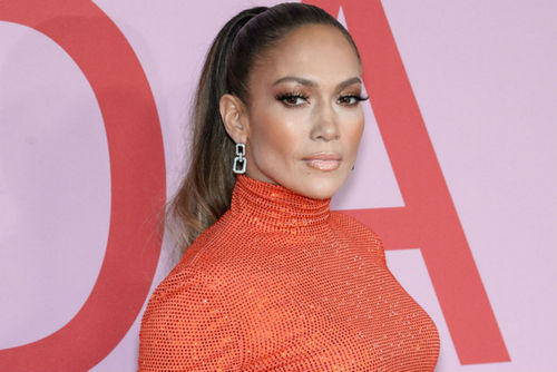 Jennifer Lopez Stunned As She Accepted The Fashion Icon Award At The CFDAs