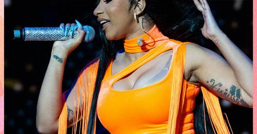Cardi B Threw Her Wig Into the Audience and Would Like It Back, Please
