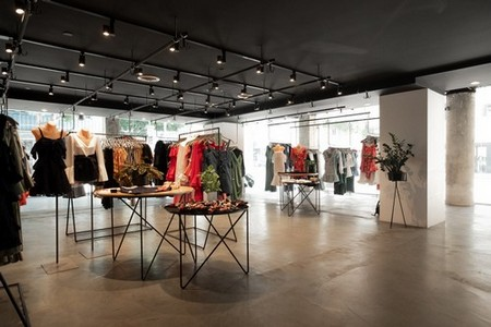 BNKR Is Hiring Full and Part-Time SALES ASSISTANTS In Downtown Los Angeles