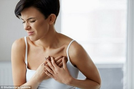 Over-the-counter acid reflux drugs may cause pneumonia, new research suggests (stock)