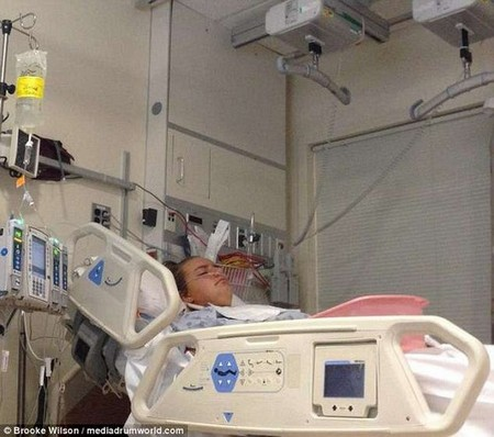 The young waitress was then rushed to hospital again and admitted to the Intensive Care Unit as her body began to fail (seen in hospital in 2014)