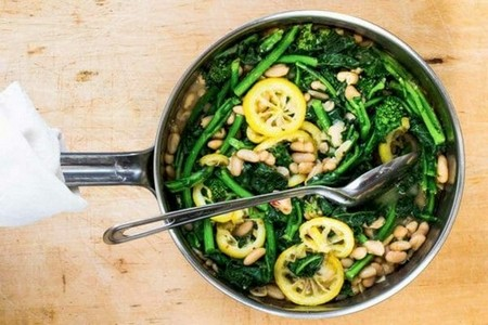 Broccoli Rabe with White Beans and Lemon cook the broccoli