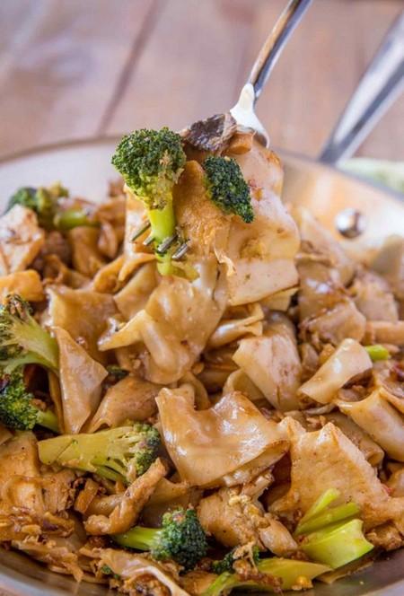 Pad See Ew (Thai Noodles)