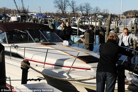 A Michigan woman used an Apple Watch to call 911 after her husband fell off their boat into freezing temperatures. She threw him a life ring, but was unable to pull him out of the water
