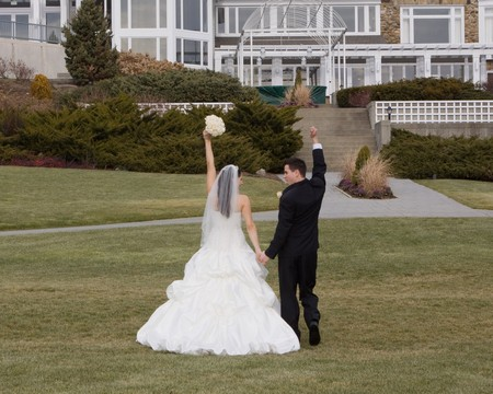 I Planned My Wedding in Just 2 Months, and It Was the Best Decision
