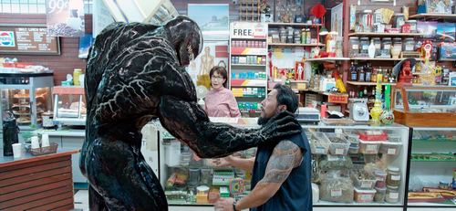 VENOM, left: Tom Hardy as Venom, 2018. Columbia Pictures/courtesy Everett Collection