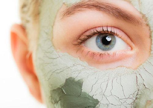 Можно ли использовать маски на основе глины в домашних условиях