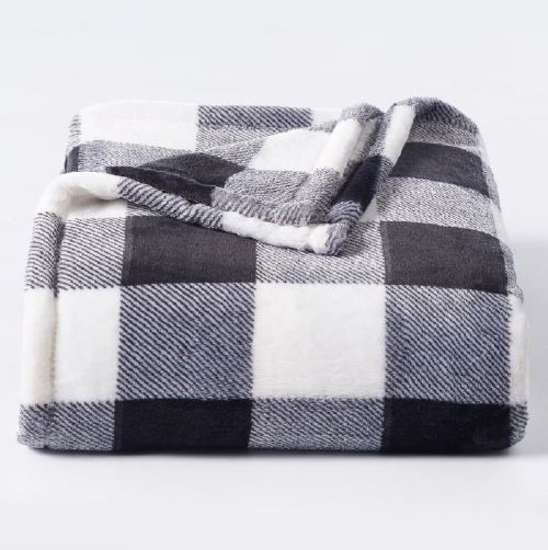 The Big One Supersoft Plush Throw