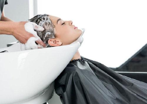 Как использовать мусс для волос?