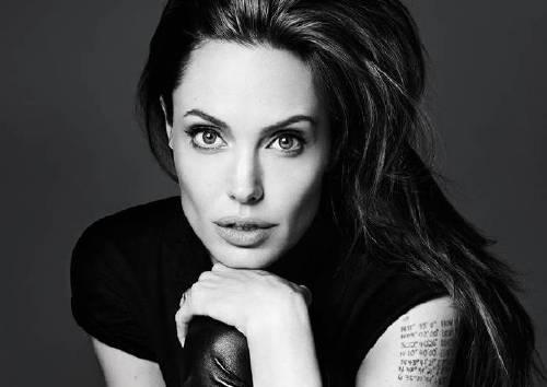 Анджелина Джоли, 13 бьюти-фактов
