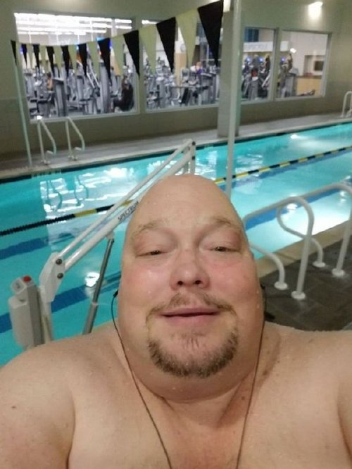 2721695 10 This man is almost unrecognizable after his dramatic weight loss journey (17 photos)