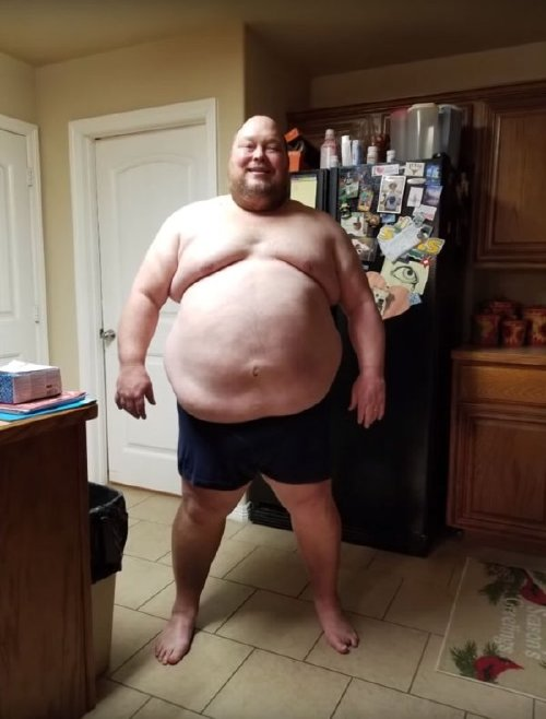 2721695 12 This man is almost unrecognizable after his dramatic weight loss journey (17 photos)