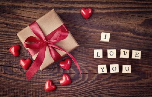 9 lovely Valentine&s Day, gifts that look crazy expensive