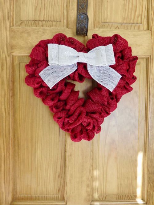 Show your guests some love with, these adorable decor ideas