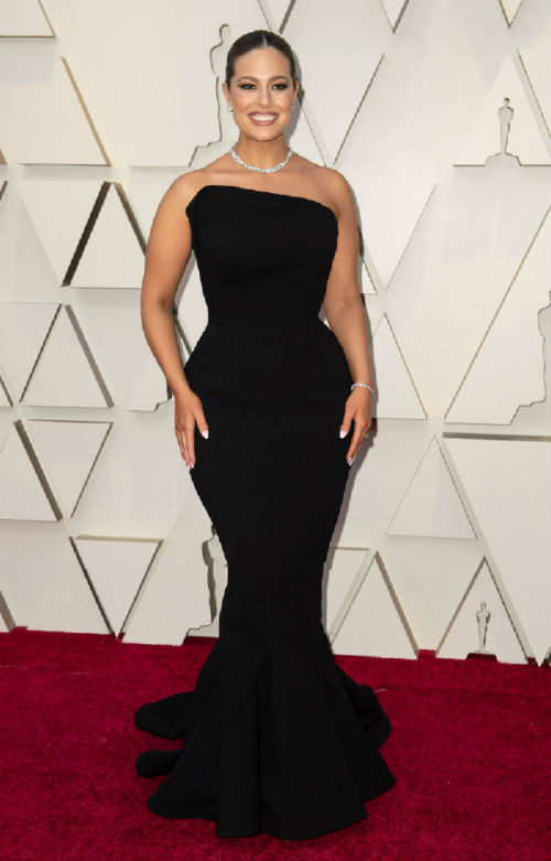 Ashley Graham celebrities at the 2019 oscars