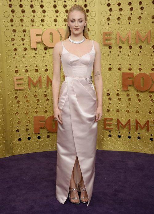 Jameela Jamil | Red carpet looks, Celebrities female, Emmy