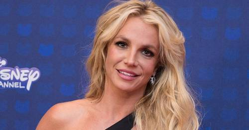 Britney Spears takes part in the challenge sweeping social media