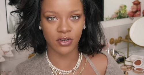 Rihanna shows off her makeup-free face