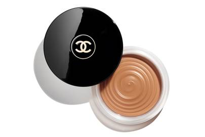 I tried Chanel's re-launched iconic Soleil Tan and it's unlike any bronzer ever