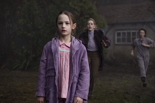 Yep, The Haunting of Bly Manor Is Based on a Book You Can Read Right Now